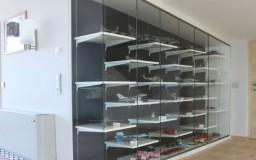 Glasvitrine für Modellflieger