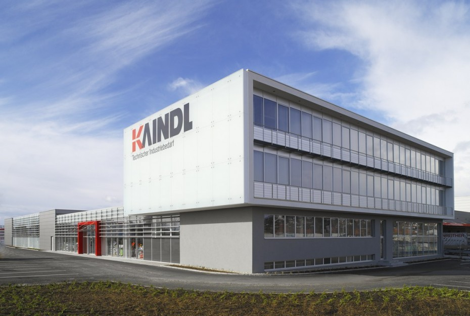 Kaindl Industriebedarf Fassade