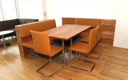 Tisch, Eckbank