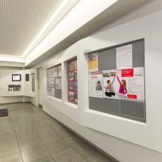 Besucherhalle