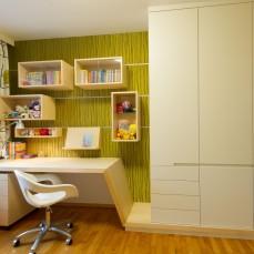 Schreibtisch mit Kasten